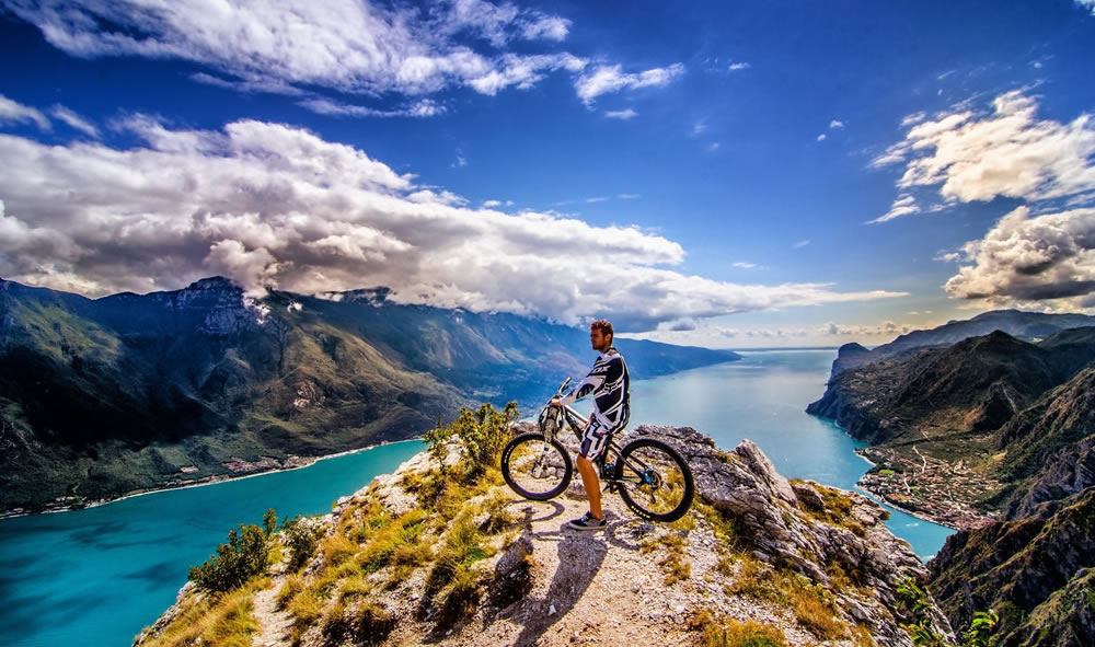 Bike Adventure - DEMO